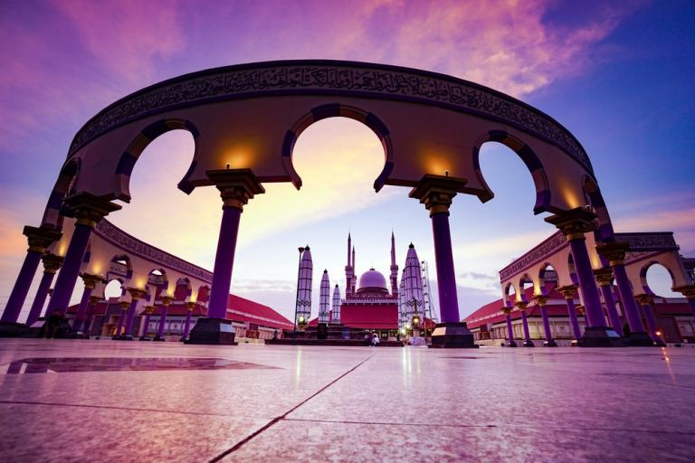 Berwisata Religi Dengan Melihat Keindahan Dan Kemegahan Masjid Agung di Yogyakarta