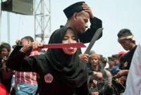 Berwisata Sambil Melihat Debus Banten, Wisata Budaya Yang Mengagumkan Sekaligus Mengerikan